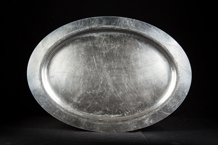 Round Metal Service Tray