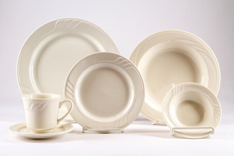 Cream Vertex Plate Set